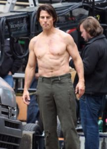 Tom Cruise Taille Poids