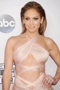 Jennifer Lopez Taille