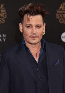 Johnny Depp Taille