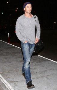 Chris Hemsworth Street Style