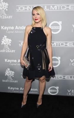 Kristen Bell Taille